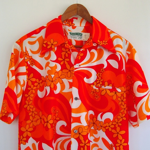 2ade1e1b 60s Vintage Hawaiian Shirt Mod Floral 1960s Orange.  M_5b88684bc9bf50bdc03ad9f5